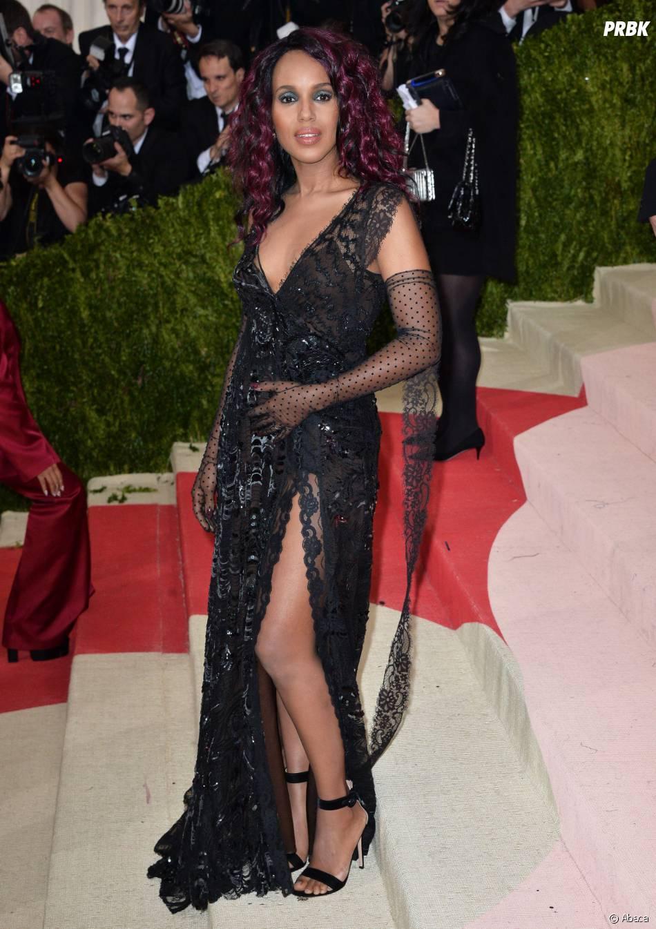 Kerry Washington enceinte : elle confirme sa grossesse sur le tapis rouge du MET Gala le 2 mai 2016 à New York
