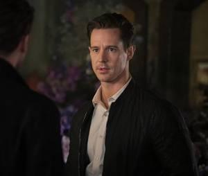 The Originals saison 3, épisode 21 : Will (Jason Dohring) sur une photo