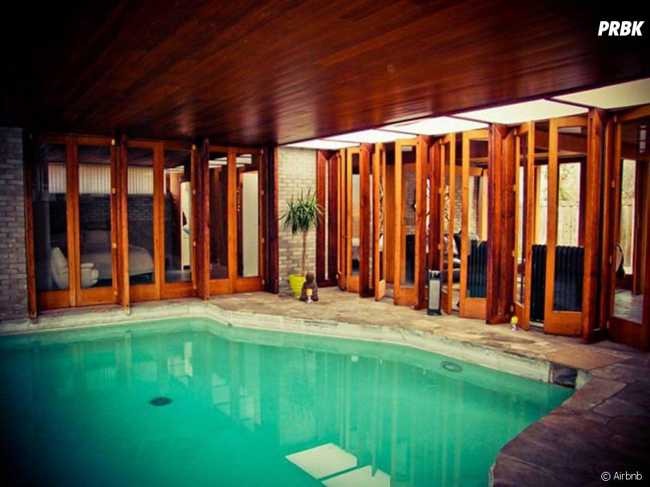 Aaron Paul : un spa dans sa maison en location sur Airbnb