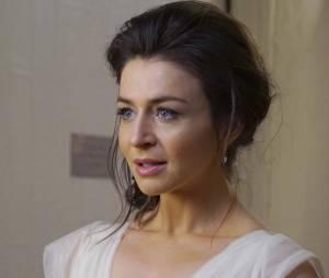 Grey's Anatomy saison 12, épisode 24 : Amelia (Caterina Scorsone) sur une photo