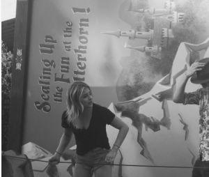 Chloë Grace Moretz et Brooklyn Beckham en amoureux à Disney