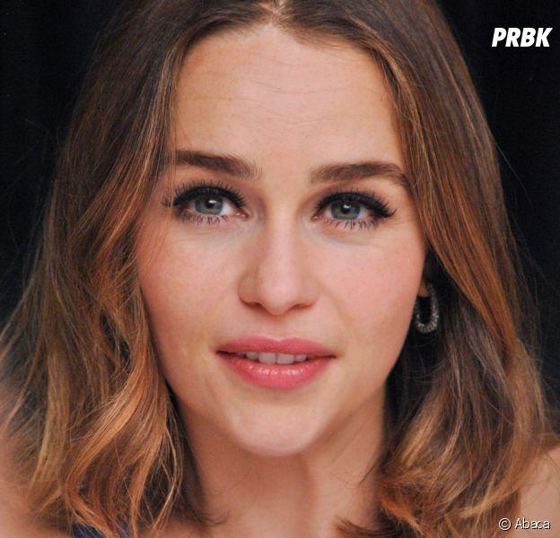 Emilia Clarke alias Daenerys dans Game of Thrones est célibataire !