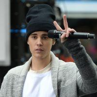 Justin Bieber : regardez sa violente chute sur scène ! (VIDEO)