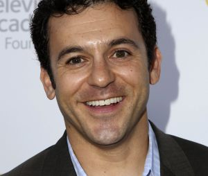 Fred Savage au casting de Friends from college de Netflix