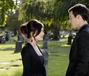 Pretty Little Liars saison 7 : Aria et Ezra toujours amoureux