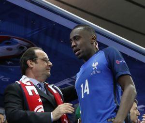 Blaise Matuidi en larmes devant Françoois Hollande après la finale perdue de l'Euro 2016 France - Portugal