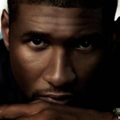 Usher s'offre Noémie Lenoir dans son clip Hey Daddy