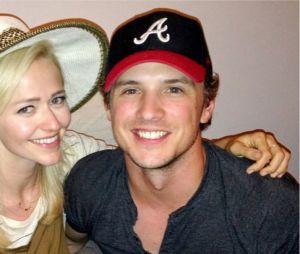 Johanna Brady et Freddie Strom se sont rencontrés sur le tournage de la série Unreal