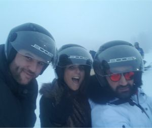 Cyril Hanouna, Valérie Bénaïm et Mokhtar dans les Alpes pour TPMP au ski