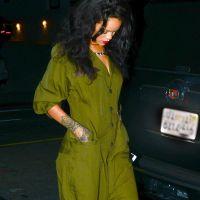Rihanna a-t-elle le super-pouvoir de marcher en talons sur les grilles du métro ? La théorie WTF