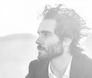 Thomas Letourneur (Top Chef 2017) dans une publicité pour Azzaro