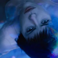 Ghost In The Shell : Scarlett Johansson badass sur le son de Steve Aoki