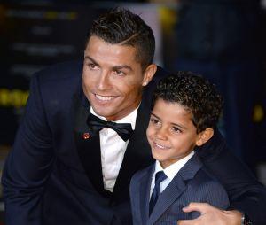 Cristiano Ronaldo déjà papa du petit Cristiano Jr devrait bientôt avoir des jumeaux.