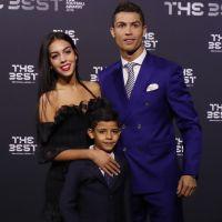 Cristiano Ronaldo bientôt papa de jumeaux ? CR7 aurait payé une mère porteuse