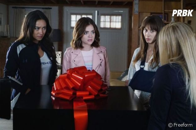 Pretty Little Liars saison 7 : Aria, Hanna, Spencer et Emily face à A.D