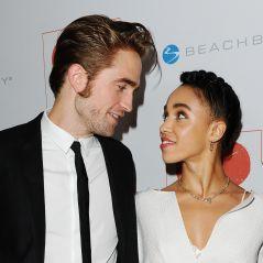 """Robert Pattinson et FKA Twigs """"à peu près"""" fiancés ? La réponse étonnante de l'acteur"""