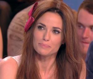 Capucine Anav fait ses adieux à La Télé même l'été… Oops la bourde !