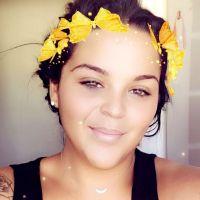 Sarah Fraisou poste une photo de sa poitrine et se fait clasher