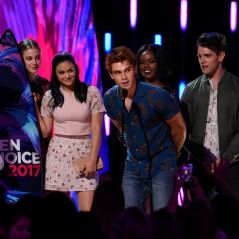 Riverdale, Lucy Hale, Bella Thorne... : les stars et les gagnants des Teen Choice Awards 2017