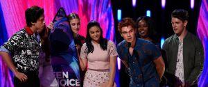 Riverdale, Lucy Hale, Bella Thorne... : les stars et les gagnants des Teen Choice Awards 2017