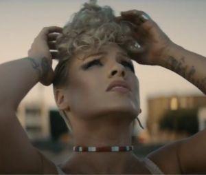 Pink dévoile le clip de What About Us