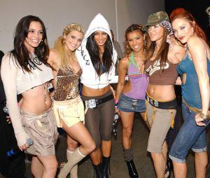 """Kaya Jones qui faisait partie des Pussycat Dolls balance qu'elles étaient """"prostituées"""" : Robin Antin qui a fondé le groupe lui répond !"""