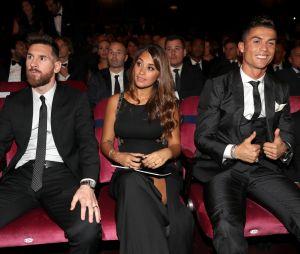 Cristiano Ronaldo : son fils tout content, il a rencontré son idole... Lionel Messi !