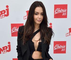 """Nabilla Benattia ne veut plus poster de photos trop sexy : """"Montrer ses fesses et ses seins c'est devenu has been"""" !"""