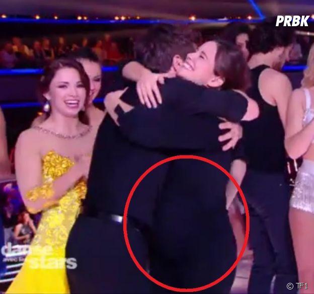 Lucie Lucas (Clem) enceinte : elle dévoile son baby bump dans Danse avec les stars 8 en venant soutenir Agustin Galiana !