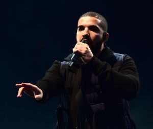 Drake arrête son show pour dénoncer une agression sexuelle à Sydney