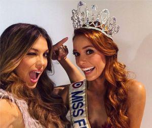 Maëva Coucke : Miss France 2018 pose avec Iris Mittenaere