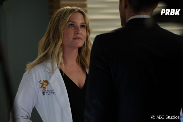 Grey's Anatomy saison 14, épisode 9 : Arizona (Jessica Capshaw) sur une photo