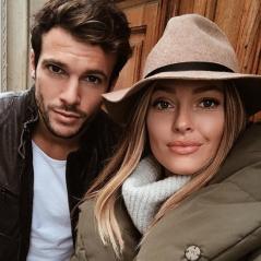 Caroline Receveur et Hugo Philip in love : ils fêtent leur 1 an de relation (photos)