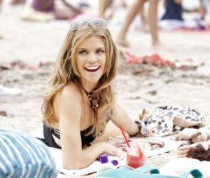 Annalynne McCord dans 90210