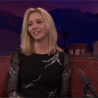 """Friends de retour ? Lisa Kudrow se confie : """"Quelque chose devrait être fait"""""""