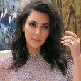 Kim Kardashian dévoile la liste de ses ennemis... avant de leur envoyer du parfum !