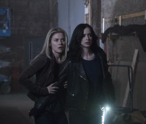 Jessica Jones saison 2 : Trish et Jessica sur une photo