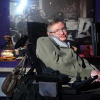 Mort de Stephen Hawking : les geeks et fans de pop-culture en deuil