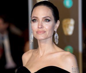 Angelina Jolie en couple avec un agent immobilier ?