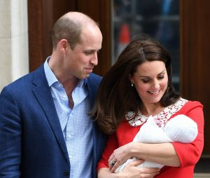Kate Middleton et le Prince William présentent leur fils à Londres le 23 avril 2018
