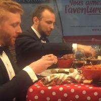 Ils mangent une raclette... dans le métro parisien !