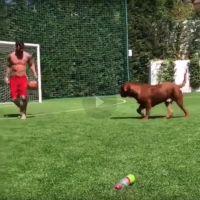 Lionel Messi rend fou son chien, la vidéo devient virale