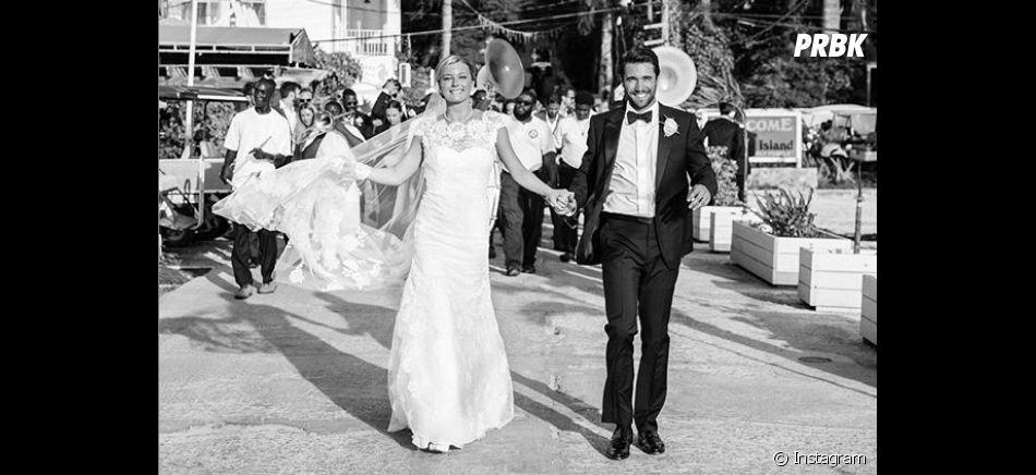 Emily VanCamp et Josh Bowman dévoilent une photo de leur mariage