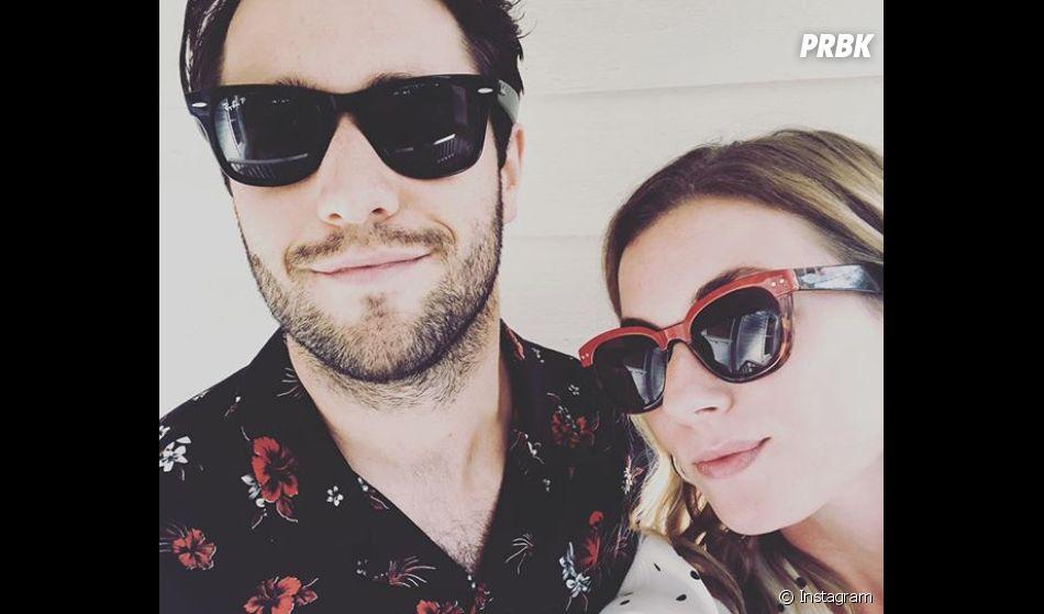 """Emily VanCamp et Josh Bowman se sont dit """"oui"""" le 15 décembre 2018"""