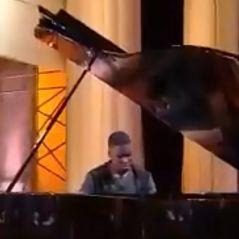 Quotidien : Mourad Tsimpou, pianiste prodige de 14 ans, bluffe Yann Barthès