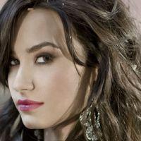 Demi Lovato ... Elle se faisait insulter à l'école