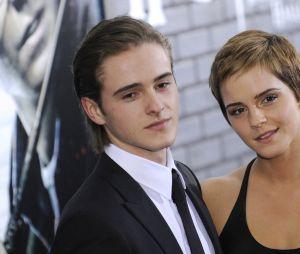 Ces stars qui posent avec leur famille sur un tapis rouge : Emma Watson et son frère Alex