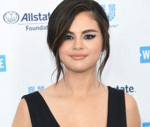 """Selena Gomez s'engage : """"J'ai peur pour notre pays"""", sa tribune touchante pro immigration où elle raconte que les membres de sa propre famille ont été migrants"""