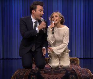 Kristen Bell et Jimmy Fallon chantent un medley des chansons Disney