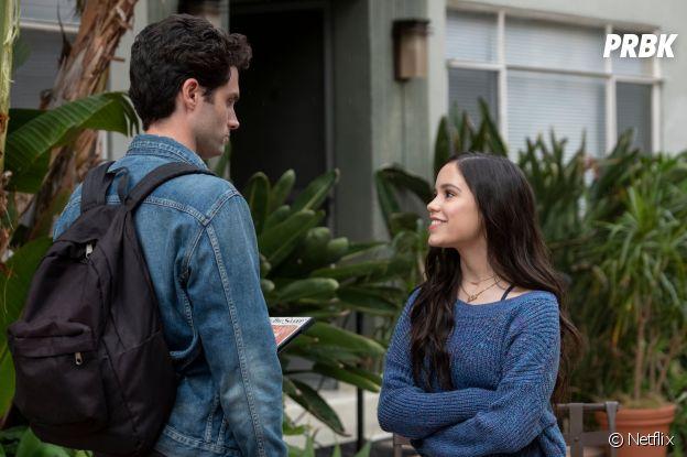 You saison 2 : Elie (Jenna Ortega) face à Joe sur une photo